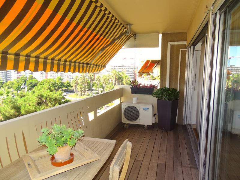 Appartement T3 de 79 M2 à Marseille 6 proche de l'arbre de l'espérance.