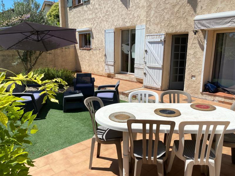 Maison de ville avec jardin  de Type 4, située dans 13011 a Marseille