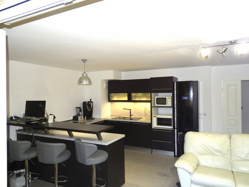 APPARTEMENT T2 NEUF + PARKING AUX CAMOINS